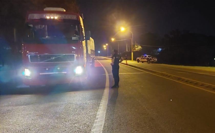 retuvieron camiones que transportaban maíz