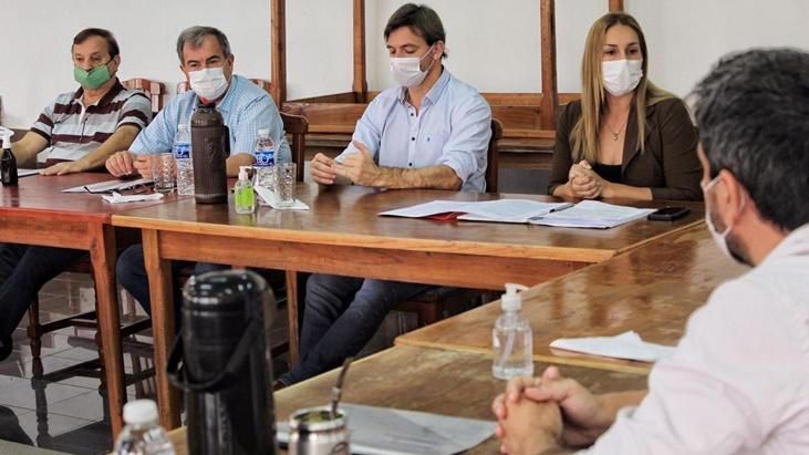Agro y empresas tabacaleras firmaron convenio
