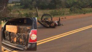 Misiones | Contrabandistas mataron a un motociclista en un choque y abandonaron un vehículo repleto de gruesas de cigarrillos en Pozo Azul