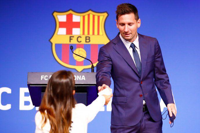 Antonela Roccuzzo ayudó a secar las lágrimas de Messi