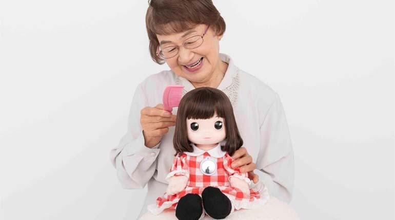 muñeca con inteligencia artificial