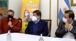 """""""Vacunate y pagá menos"""": la novedosa iniciativa que lanzaron Crucero del Norte y el Gobierno de Misiones, con descuentos de hasta el 50% en pasajes"""
