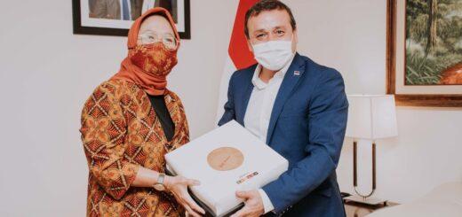 Oscar Herrera Ahuad recibió a la embajadora de Indonesia en Misiones