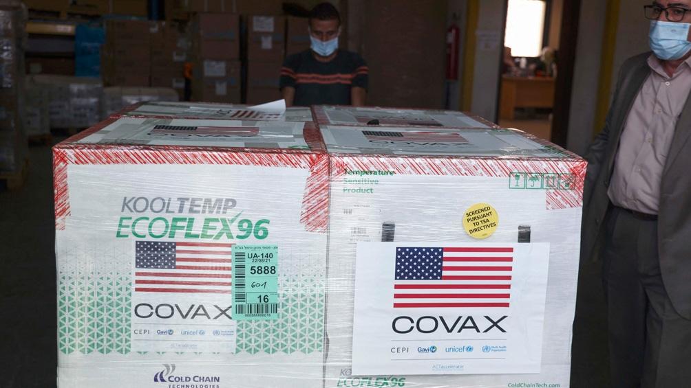 Estados Unidos donará 500 millones de vacunas