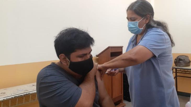 Colegio Martín de Moussy | Operativo de vacunación contra el coronavirus para los alumnos