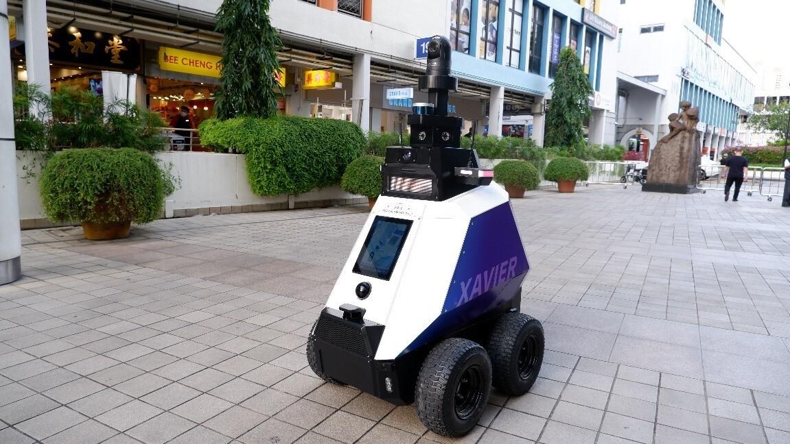 robot patrulla en Singapur