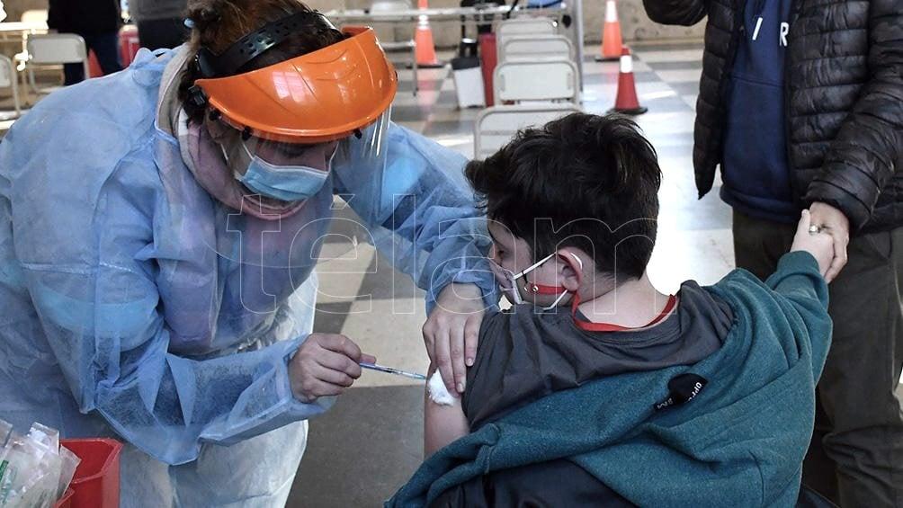 La Sociedad Argentina de Pediatría avaló la decisión oficial de vacunar a niños contra la Covid-19