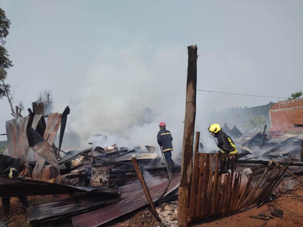 incendio en aserradero en Panambí