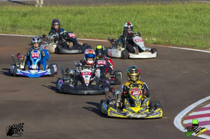 Campeonato Misionero de Karting en Pista