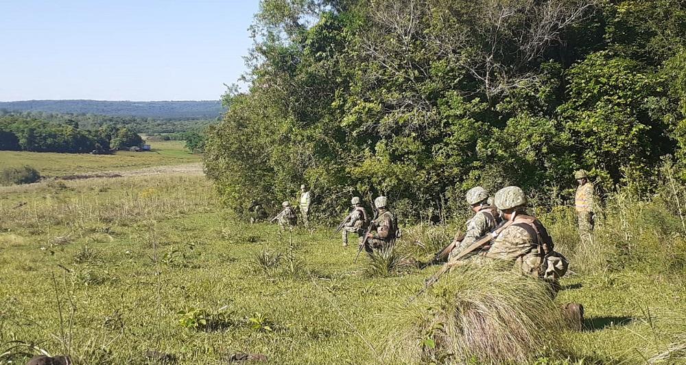 Ejército Argentino realiza maniobras en campos de Misiones