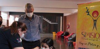 vacunación contra el coronavirus en las escuelas